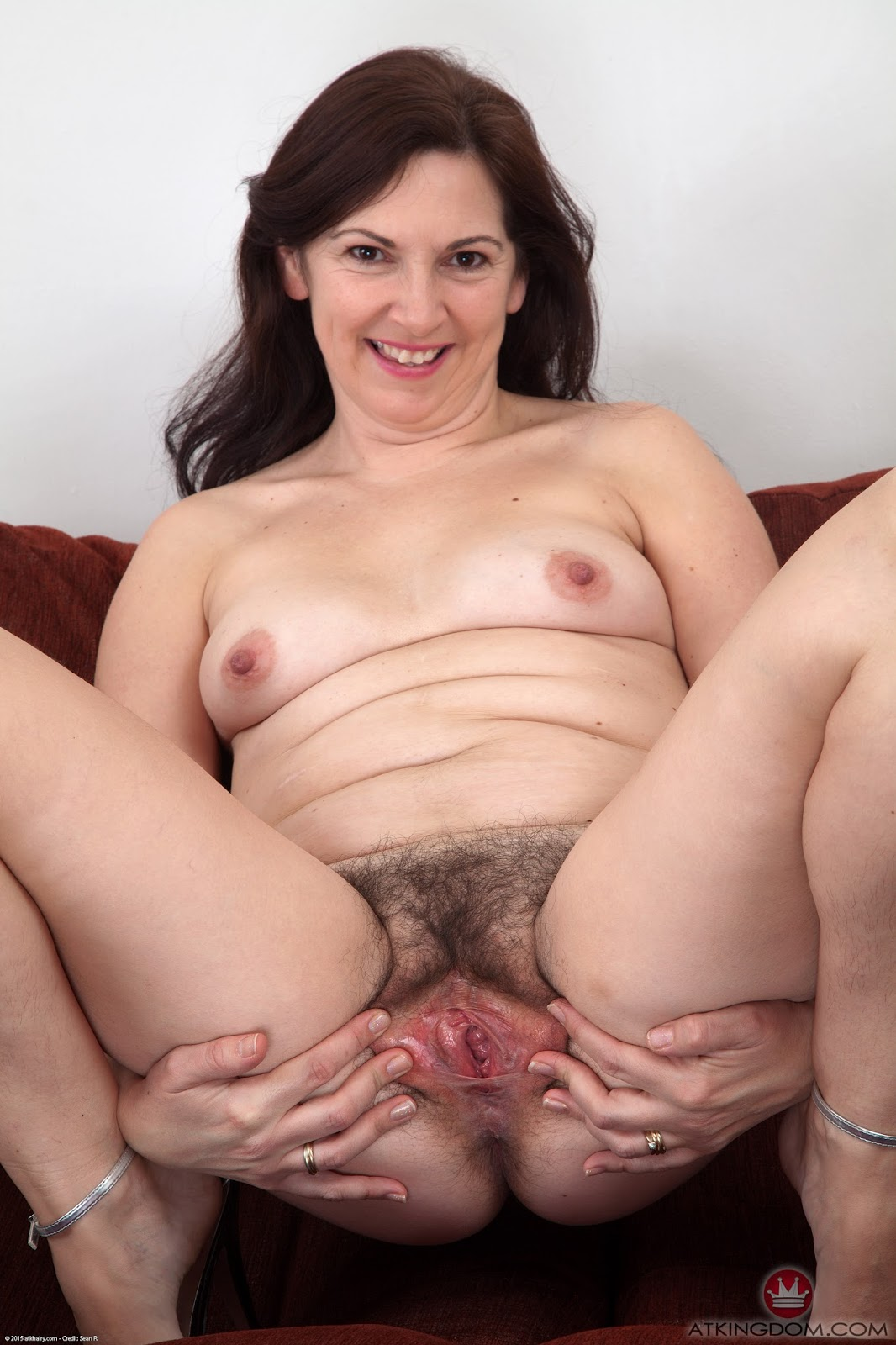 Hairy matures porn