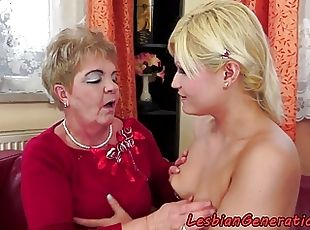 real college women pussy hd