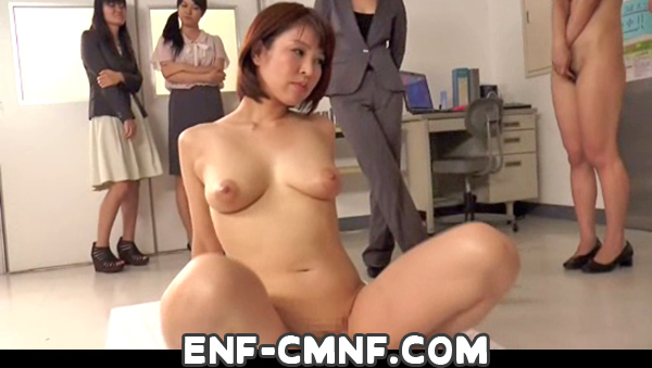 naked young swinger couples